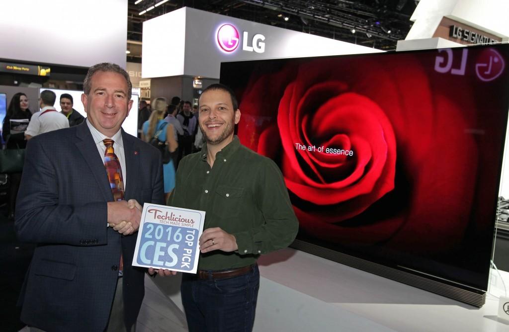 lg_ces_award_techlicious_tv1-1024x668