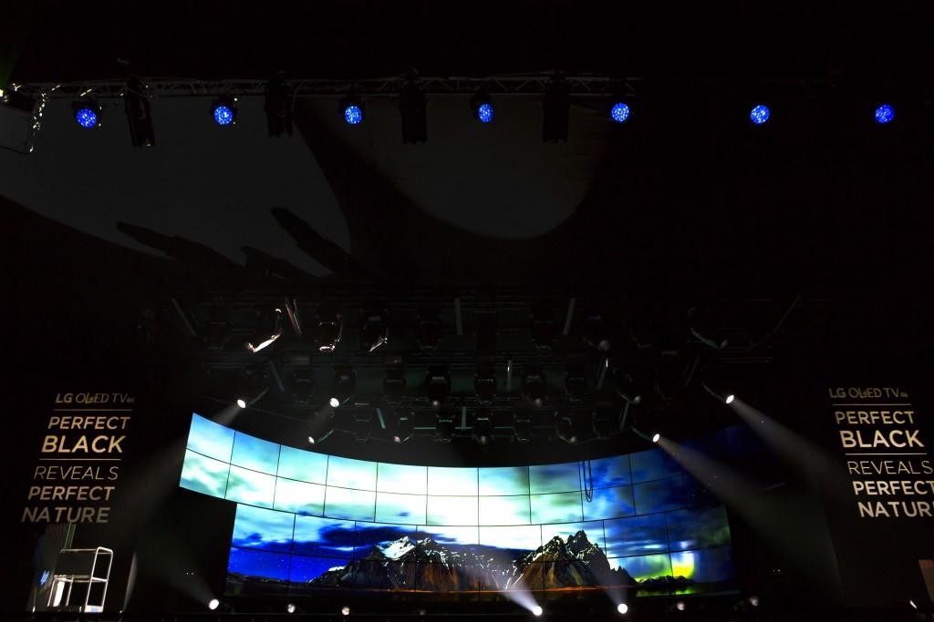 concert-attractor_02