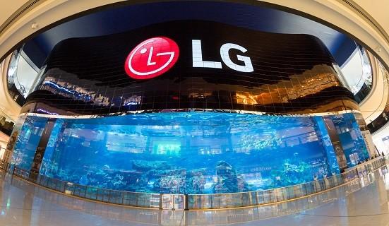 LG-OLED-Wall-02