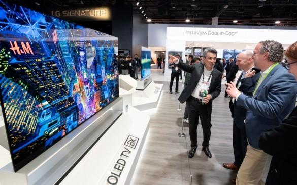 LG-OLED-TV-8K_04-1024x640