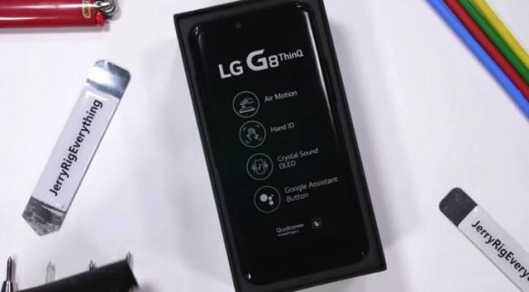 LG-G8-ThinQ-Durability-Test-1-696x384