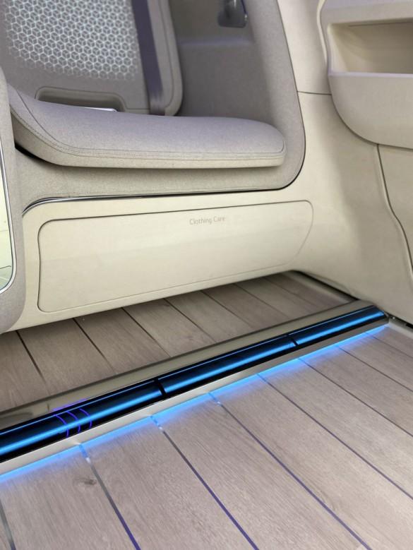 LG_Hyundai-IONIQ-Concept_03